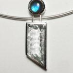 Anhänger: Silber ,synthetischer Quarz, Labradorit --- ohne Halsreif: 333,- €