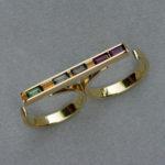 Doppelring: Gold, 2 Granate, 3 Zirkone (Steine beweglich), Weiten 61/63 --- 1145,- €